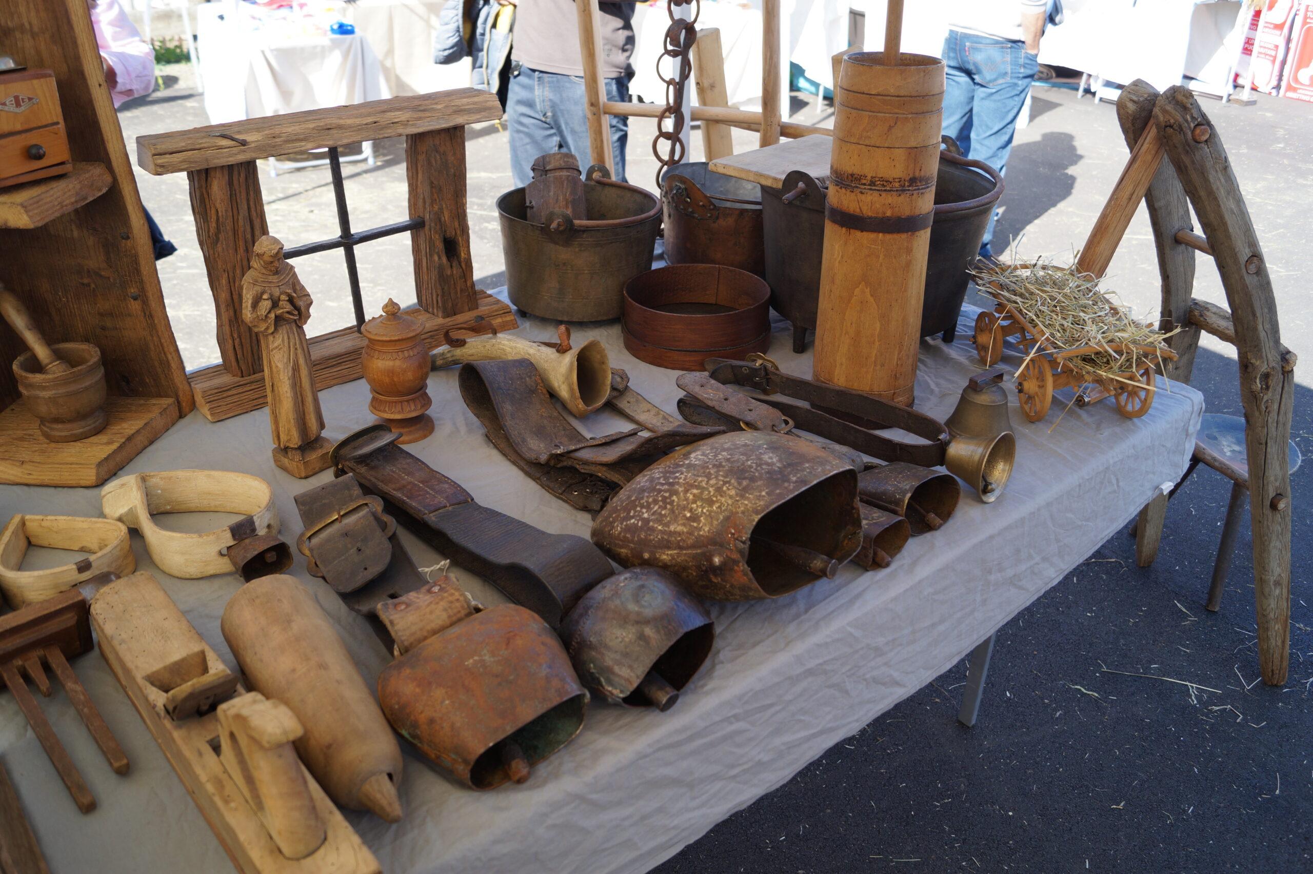 Foto di strumenti e utensili utilizzati da allevatori